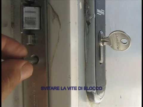 Come sostituire la serratura a cilindro della porta fai - Cilindro porta blindata ...