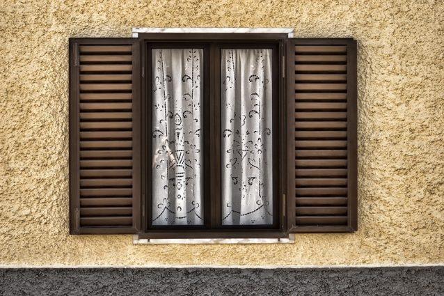 Come pulire l'alluminio delle finestre