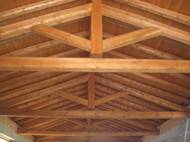 tetto in legno in larice