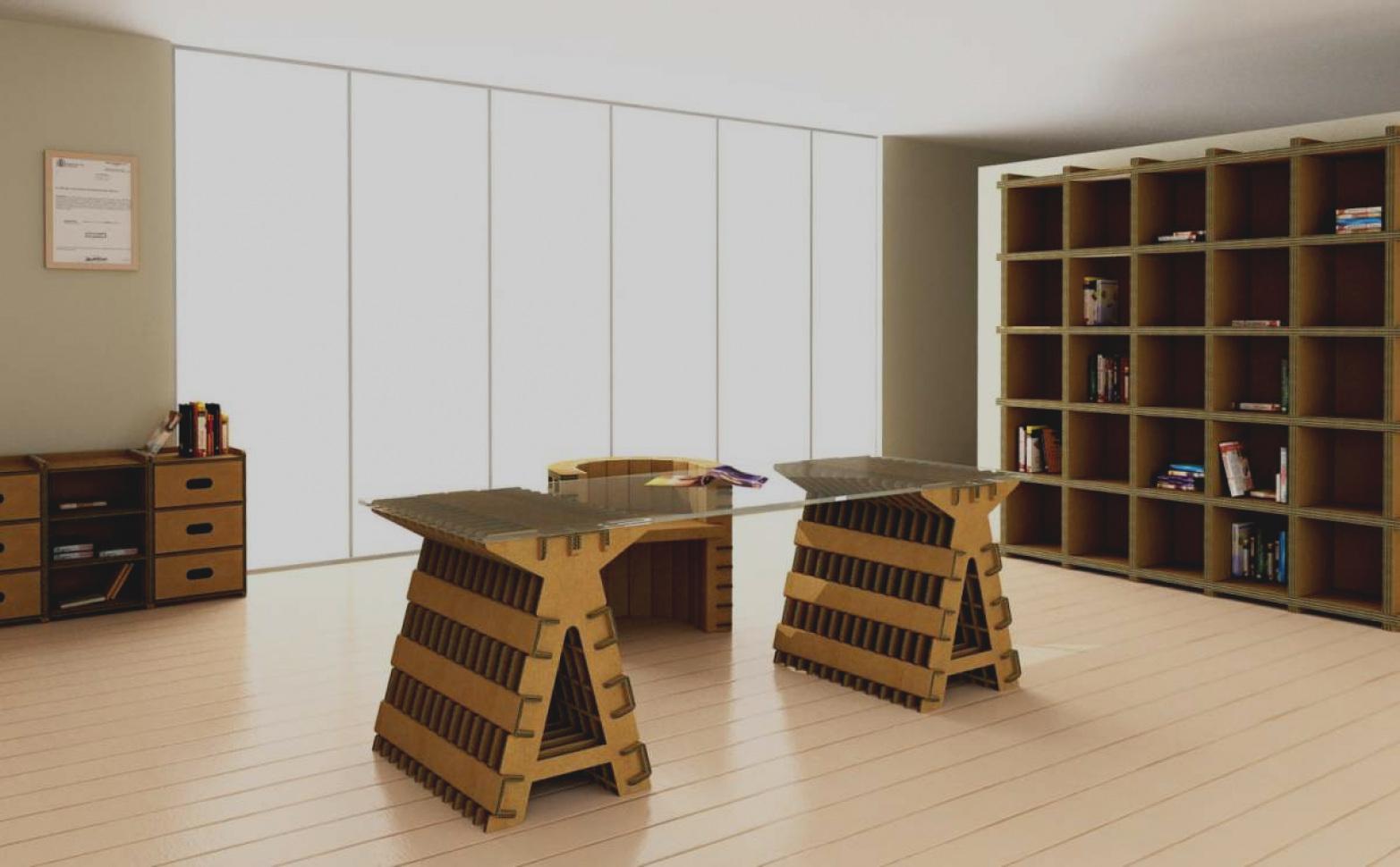 creare una scrivania con materiali di recupero