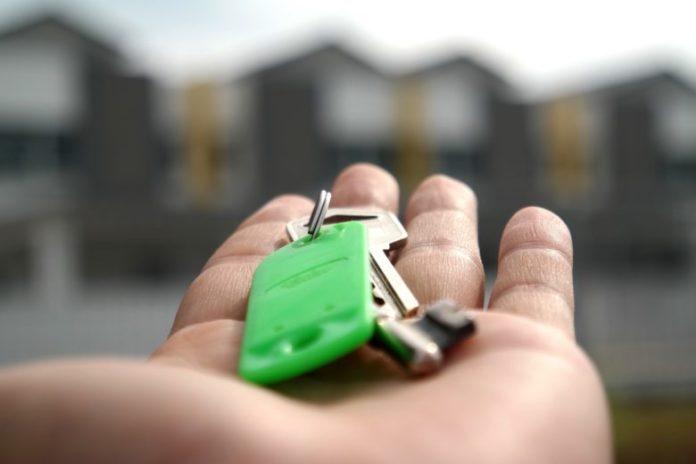 Comprare casa per affittarla