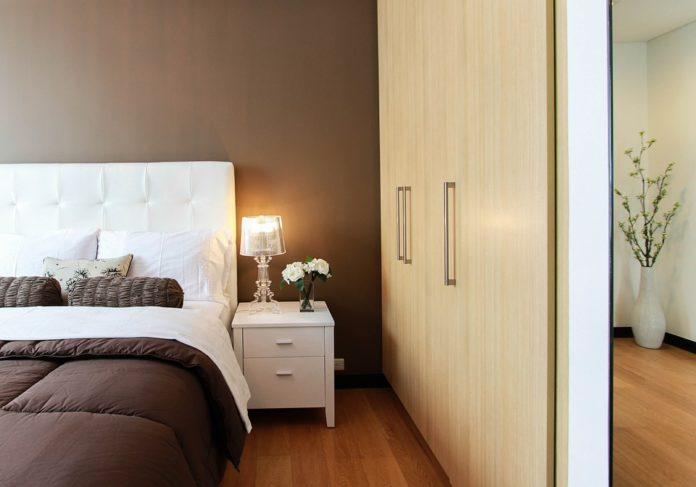 Scelta armadio camera da letto, stile della zona notte ...